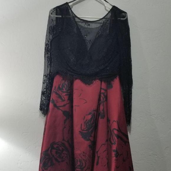Windsor Dresses Black And Red Prom Dress Poshmark